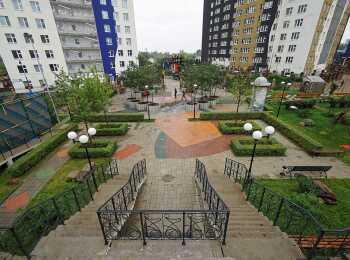 Дизайнерский двор
